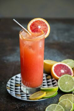 Sparkling Ginger Citrusade: a mocktail mixture of 5 citrus juices, ginger, honey syrup, and sparkling mineral water. This refreshing drink is