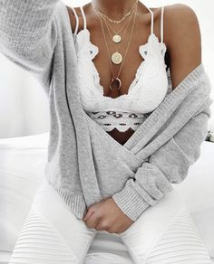 Source by Quarkmonster outfits bralette Mode Outfits, Fashion Outfits, Womens Fashion, Fashion Trends, Fashion Inspiration, Classic Outfits, Stylish Outfits, Strappy Lace Bralette, Grunge Style