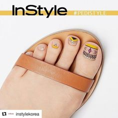 27 Adorable Easy Toe Nail Designs 2020 – Simple Toenail Art Designs : Page 15 of 25 : Creative Vision Design Beach Toe Nails, Glitter Toe Nails, Gel Toe Nails, Acrylic Toe Nails, Simple Toe Nails, Pretty Toe Nails, Summer Toe Nails, Feet Nails, Pedicure Nails