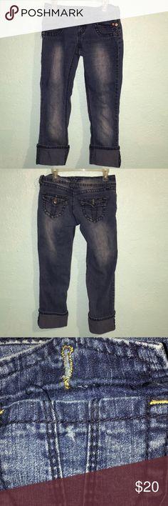 Denim Capris Cute denim capris with four pockets  Is missing one back pocket button Angels Pants Capris