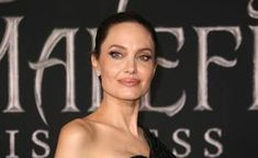 Angelina Jolie confie avoir plutôt mal vécu les dernières années Angelina Jolie, Most Beautiful Women, People, Hollywood, Actresses, Thinking About You, 50 Years Old, Female Actresses, The Most Beautiful Women