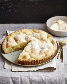 #globus #savoirvivre #deli #delicatessa #food #pie #dessert Deli, Food Styling, Apple Pie, Good Food, Pie Dessert, Tarts, Desserts, Recipes, Drinks