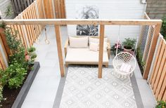 Wooden Pergola - Backyard Pergola With Curtains - Pergola Swing Plans - Pergola Plans Photo Galleries - Pergola Wedding DIY - Pergola Bois Spa Diy Pergola, Pergola Ideas, White Pergola, Wood Pergola, Pergola Roof, Balcony Ideas, Scandinavian Garden, Pinterest Garden, Small Garden Design