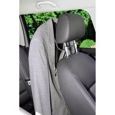 Klädhängare för bilens nackskydd.     Klädhängare för bilens framsätes nackstöd monteras med några enkla handgrepp och låter dig hänga upp dina kläder så att du kan komma fram skrynkelfri och nystruken. http://www.smartasaker.se/kladhangare-till-bilen.html