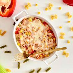 """Polubienia: 2,156, komentarze: 115 – Ania Baczewska (@befiteveryday_) na Instagramie: """"Okej - przebaczcie mój brak talentu serwowania obiadów, ale nadrobię smakiem! 🤗  COŚ JAKBY…"""" Lidl, Ketchup, Cheeseburger Chowder, Macaroni And Cheese, Soup, Ethnic Recipes, Pineapple, Forgive, Grated Cheese"""