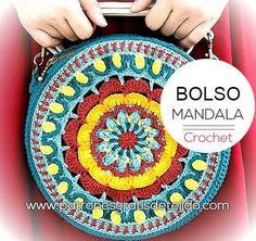 Bolso mandala tejido a crochet. Crochet Clutch, Crochet Purses, Filet Crochet, Diy Crochet, Crochet Mandala Pattern, Crochet Patterns, Patron Crochet, Bag Pattern Free, Knitted Bags