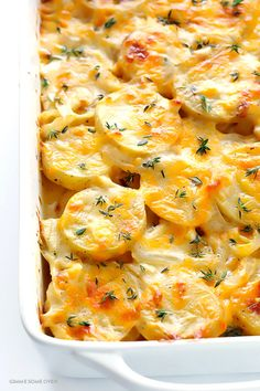 foodinvertical: yummyinmytumbly: Scalloped Potatoes +