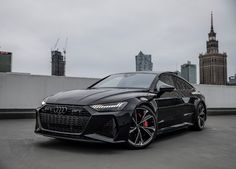 Murdered out 2021 Audi RS7 Sportback in Sebring black / carbon pack - Must see Jeep Cars, Audi Cars, Auto Jeep, My Dream Car, Dream Cars, Audi Rs5 Sportback, Murdered Out, Black Audi, Fancy Cars