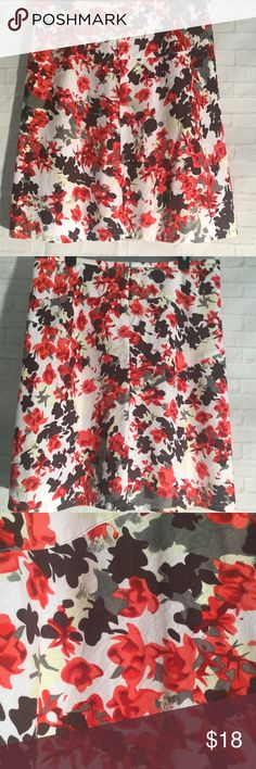 b48fcfb5e2a Cato floral red brown skirt size 14 midi exc. cond This is a beautiful multi