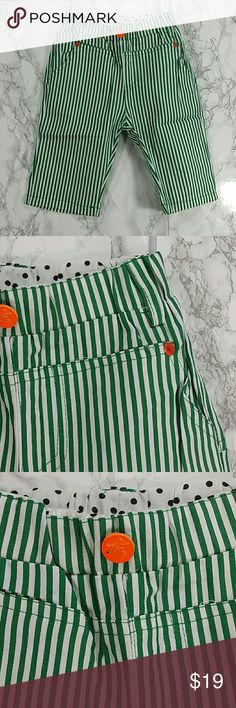 Green Stripes Shorts.  Kids Adorable and comfortable green and white stripes pants.  Have pockets Pull up style.  This item is brand new and never used.  #12701 Bottoms Sweatpants & Joggers