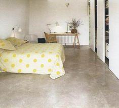 pisos cemento alisado- microcemento- micropiso. Cuarto con ptas corredizas.