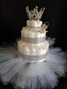 How to Make a Diaper Cake: Tutorial – Kim's Baby Shower Tips Baby Shower Fruit, Baby Shower Diapers, Baby Shower Gifts, Diamond Princess, Royal Diamond, Princess Diaper Cakes, Shower Tips, Shower Ideas, Diaper Cake Instructions