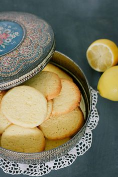 ijne polenta (m Baking Recipes, Cookie Recipes, Alice Delice, True Food, Happy Foods, Food Cakes, High Tea, No Bake Cake, Cake Cookies