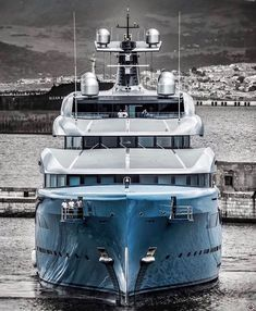 Yacht Luxury, Top Luxury Cars, Luxury Boats, Yacht Design, Boat Design, Yachting Club, Yatch Boat, Bateau Yacht, Big Yachts