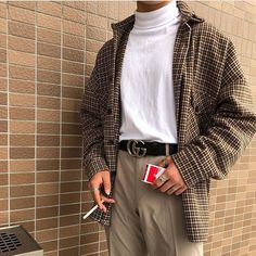 minimal and classy outfit for men, sleek cool outfit. Indie Outfits, Trendy Outfits, Fashion Outfits, Summer Outfits, T Shirt Streetwear, Streetwear Fashion, Streetwear Summer, Herren Outfit, Looks Cool
