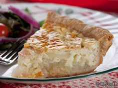 This southern-style sweet onion tart that we call Grandma Bell's Onion Tart is a tasty go-along for a weeknight meal, or it will do you proud when you have company! Onion Recipes, Tart Recipes, Side Dish Recipes, Cooking Recipes, Supper Recipes, Onion Pie, Onion Tart, Onion Casserole, Food Dishes