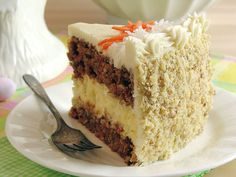 I'm stoked to try baking another homemade cake :) Carrot Cake Cheesecake Cake Bakery-Style ~ Moist carrot cake with a creamy cheesecake layer and the best cream cheese buttercream! Perfect dessert for Easter. Carrot Cake Cheesecake, Cheesecake Recipes, Moist Carrot Cakes, Dessert Aux Fruits, Bakery Cakes, How Sweet Eats, Easter Recipes, Easter Desserts, Yummy Cakes