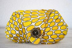 Sunflower yellow clutch Drops collection by CosturillaHandmade, €23.00