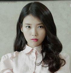 Iu Moon Lovers, Iu Gif, Luna Fashion, Kim Sohyun, Album Songs, Kpop, Korean Actresses, Queen, Korean Outfits