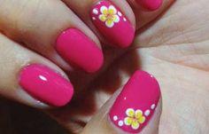Uñas decoradas color rojo magenta, uñas decoradas magenta flores.  Join nails CLUB! #uñasdecoradas #colornailsdesign #uñasvistosas