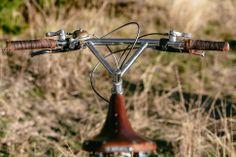 Benedict's Trek 970 Shred Sled – John Watson Triangle Bar, Mtb Frames, Stealth Camping, Cool Bicycles, Sled, Mountain Biking, John Watson, Cycling, Bike