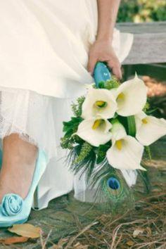Peacock calla lilie bouquet