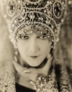 Movie princess: Jetta Goudal (July 12, 1891 – January 14, 1985) was a Dutch-born American actress, successful in Hollywood films of the silent film era. Here:1925