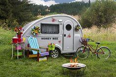 Teardrop trailer interior ideas 31 - Savvy Ways About Things Can Teach Us Tiny Camper, Camper Caravan, Cool Campers, Popup Camper, Retro Campers, Vintage Campers, Happy Campers, Teardrop Trailer Interior, Teardrop Caravan