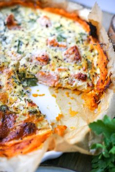Stronger zalmquiche - THE POWER LOFT / Claudia Van Avermaet Snack Recipes, Healthy Recipes, Snacks, Healthy Food, Sweet Patato, Still Tasty, Sports Food, Happy Foods, Fish And Seafood