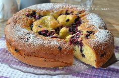 Torta con crema pasticcera e frutti di bosco, buonissima , soffice e profumata, una ricetta alla frutta buona e delicata, ottima a colazione e merenda