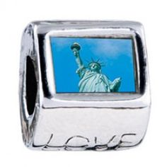 Statue Of Liberty Photo Love Charms  Fit pandora,trollbeads,chamilia,biagi,soufeel and any customized bracelet/necklaces. #Jewelry #Fashion #Silver# handcraft #DIY #Accessory