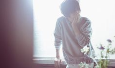 ハチ( Hachi )/ 米津 玄師(Kenshi Yonezu)1991年3月10日生まれ。徳島県出身。作詞・作曲・アレンジ・プログラミング・歌唱・演奏・イラスト・アニメーション。