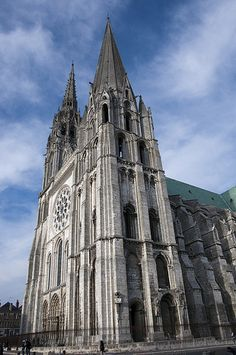 Chartres Cathedral completed between 1194 and Sacred Architecture, French Architecture, Church Architecture, Amazing Architecture, Religious Architecture, Gothic Cathedral, Cathedral Church, French Cathedrals, La Salette