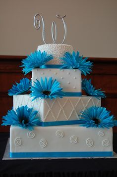 turquoise wedding cake  4 different style tiers