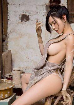 #sexygirls #hotmoms #hotbabes