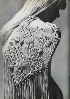 Vogue UK, Feb 1972, Elgort, macrame bag.