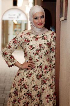 Style Spied: Dalal Al Doub from Kuwait : Aquila Style : Shea Rasol