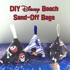 "Easy DIY ""sand-off"" bags- Uses talc to easily get sand off of your skin - Perfect for the beach"