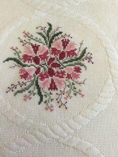 Cross Stitch Rose, Cross Stitch Designs, Rust, Embroidery, Flowers, Pattern, Fine Art, Joy, Farmhouse Rugs