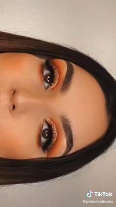 Eye Makeup Steps, Makeup Eye Looks, Eye Makeup Art, Skin Makeup, Eyeshadow Makeup, Edgy Makeup, Glamour Makeup, Creative Eye Makeup, Colorful Eye Makeup