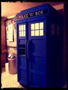 TARDIS fridge by sarahredhead.deviantart.com on @deviantART