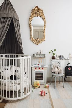 Children's room in the home of blogger What decorates my day via Volang. Picture by Emily Dahl.