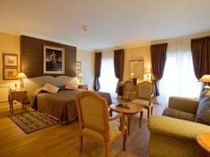 Incredible Hotel Lotti with Classy Furniture Give You Excellent Taste : Hotel Lotti Suite Room