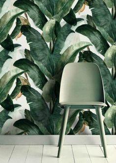Duvar kağıdı kullanarak evinizin dekorasyonunu zenginleştirebilir, büyük desen ve parlak renklerle dramatik köşeler yaratabilirsiniz...