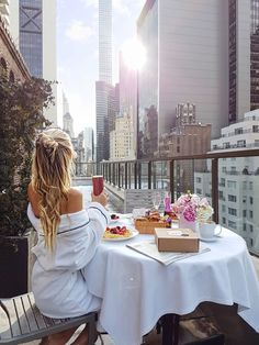 New York City views www.ohhcouture.co... #ohhcouture #leoniehanne