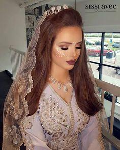 Nouveaux modèles de Robes #Caftan mariage 2018 #takchita Mariées de luxe - Caftan Mariage Pas Cher - Caftan Marocain de Luxe 2018 : Boutique Vente Caftan Pas Cher