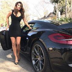 Des jolies filles et des Porsche - Page 371 - PHOTOS - Boxster Cayman 911 (Porsche) Porsche Girl, Porsche Models, Porsche 911, Porsche Cayman Gt4, Porsche Boxster, Trucks And Girls, Car Girls, Sexy Cars, Hot Cars