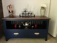 Navy and Metallics. Favourite! And a quick way to give new life to a dated TV unit.