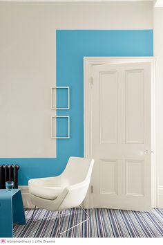 blue room design and decorating ideas texturadas interior Popular Blue Color Hues for Interior Design and Decor, Modern Color Trends Interior Paint, Interior Design Living Room, Design Interior, Room Interior, Peinture Little Greene, Half Painted Walls, Creative Wall Painting, Bedroom Wall Designs, Blue Rooms