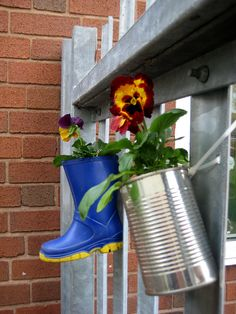 school gardening club by Cathy @ Nurturestore.co.uk, via Flickr